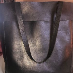Madewell medium transport tote- black